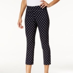 Charter Club Size 12 Tummy-Control Cropped Pants